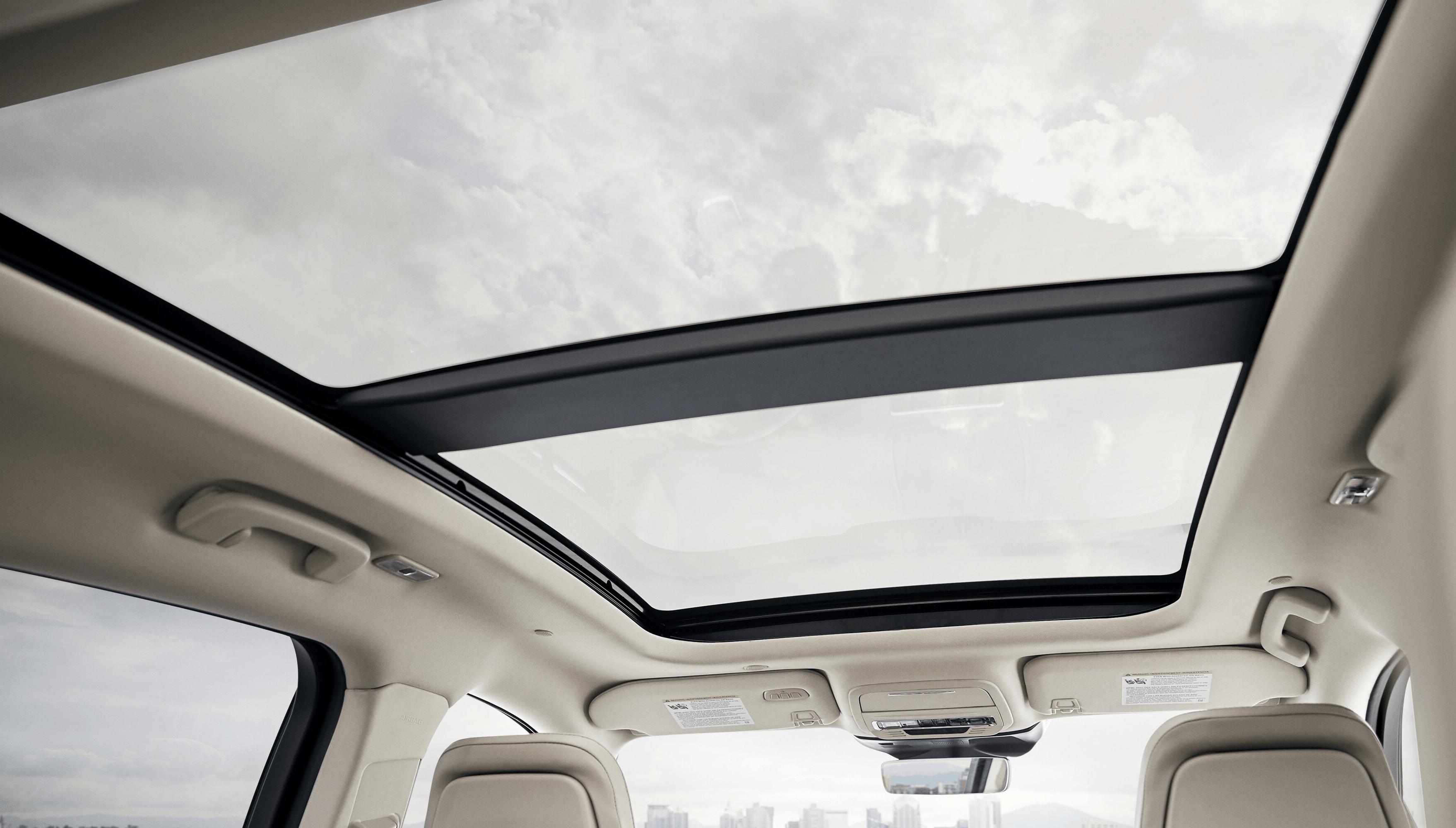 Corsair Interior Sunroof